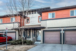 Main Photo: 166 eversyde Common SW in Calgary: Evergreen Row/Townhouse for sale : MLS®# A1093135