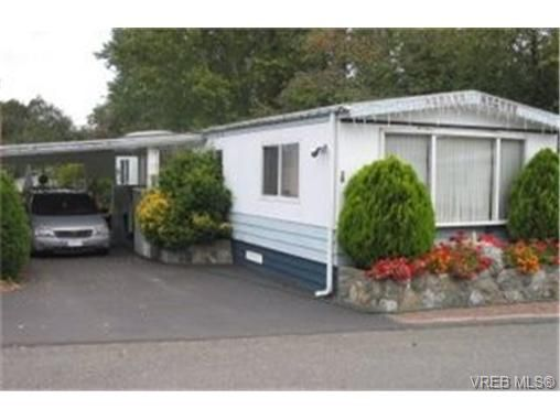 Main Photo: 22 1215 Craigflower Rd in VICTORIA: VR Glentana Manufactured Home for sale (View Royal)  : MLS®# 348195