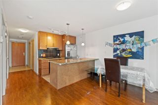 """Photo 8: 906 1189 MELVILLE Street in Vancouver: Coal Harbour Condo for sale in """"THE MELVILLE"""" (Vancouver West)  : MLS®# R2560831"""