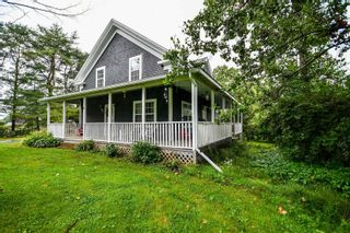 Photo 1: 603 Ashdale Road in Ashdale: 403-Hants County Residential for sale (Annapolis Valley)  : MLS®# 202121681
