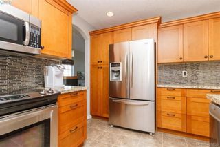 Photo 14: 2670 Horler Pl in VICTORIA: La Mill Hill House for sale (Langford)  : MLS®# 801940
