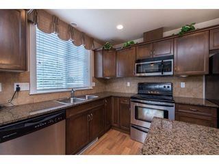 """Photo 16: 311 2068 SANDALWOOD Crescent in Abbotsford: Central Abbotsford Condo for sale in """"The Sterling"""" : MLS®# R2591010"""