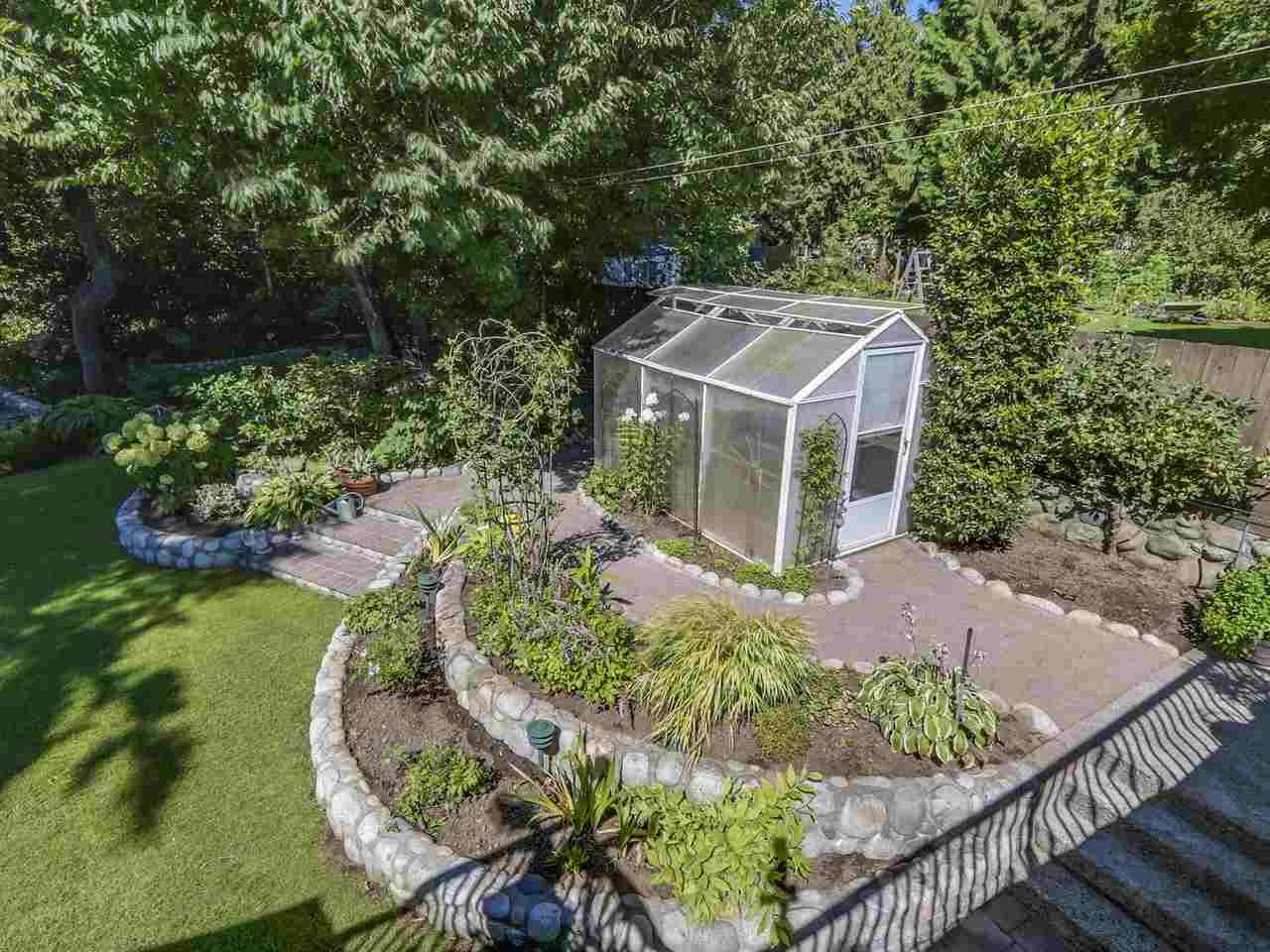 Photo 19: Photos: 587 HARRISON Avenue in Coquitlam: Coquitlam West House for sale : MLS®# R2097877