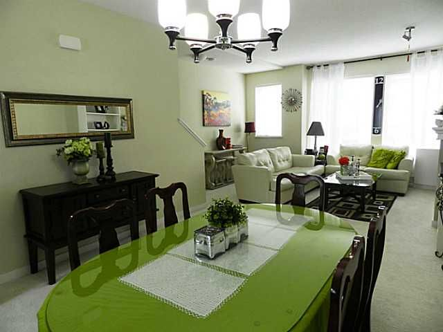"Photo 3: Photos: 20 1125 KENSAL Place in Coquitlam: Central Coquitlam Townhouse for sale in ""KENSAL WALK"" : MLS®# V1057083"