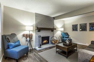 Photo 5: 712 Cedarille Way SW in Calgary: Cedarbrae Detached for sale : MLS®# A1021294