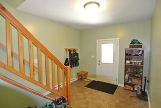 Photo 3: 3240 RAILWAY Avenue in Smithers: Smithers - Town 1/2 Duplex for sale (Smithers And Area (Zone 54))  : MLS®# R2373224