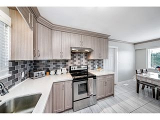 """Photo 12: 18463 56 Avenue in Surrey: Cloverdale BC House for sale in """"CLOVERDALE"""" (Cloverdale)  : MLS®# R2531383"""