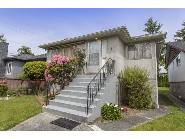 "Main Photo: 15 E 51ST Avenue in Vancouver: South Vancouver House for sale in ""MAIN STREET"" (Vancouver East)  : MLS®# V1124628"
