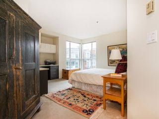 """Photo 14: 201 1551 MARINER Walk in Vancouver: False Creek Condo for sale in """"LAGOONS"""" (Vancouver West)  : MLS®# V1098962"""