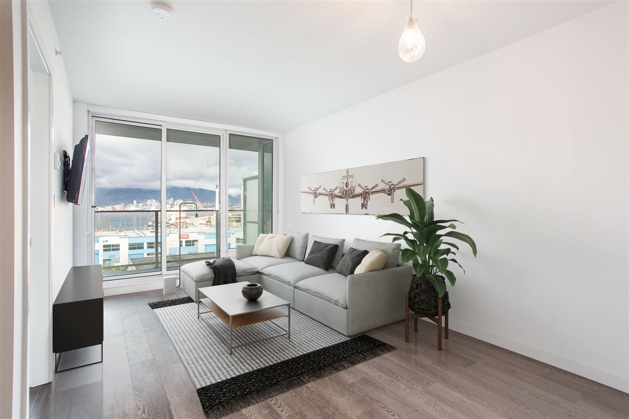 Main Photo: 503 933 E HASTINGS STREET in Vancouver: Strathcona Condo for sale (Vancouver East)  : MLS®# R2433009
