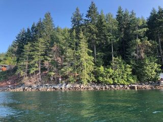"Photo 1: 4147 FRANCIS PENINSULA Road in Madeira Park: Pender Harbour Egmont Land for sale in ""BEAVER ISLAND"" (Sunshine Coast)  : MLS®# R2393294"