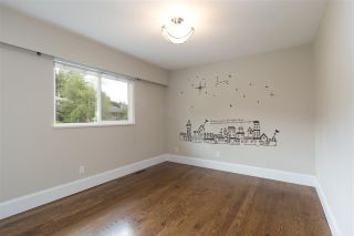Photo 11: 1282 TERCEL Court in Coquitlam: Upper Eagle Ridge House for sale : MLS®# R2273413