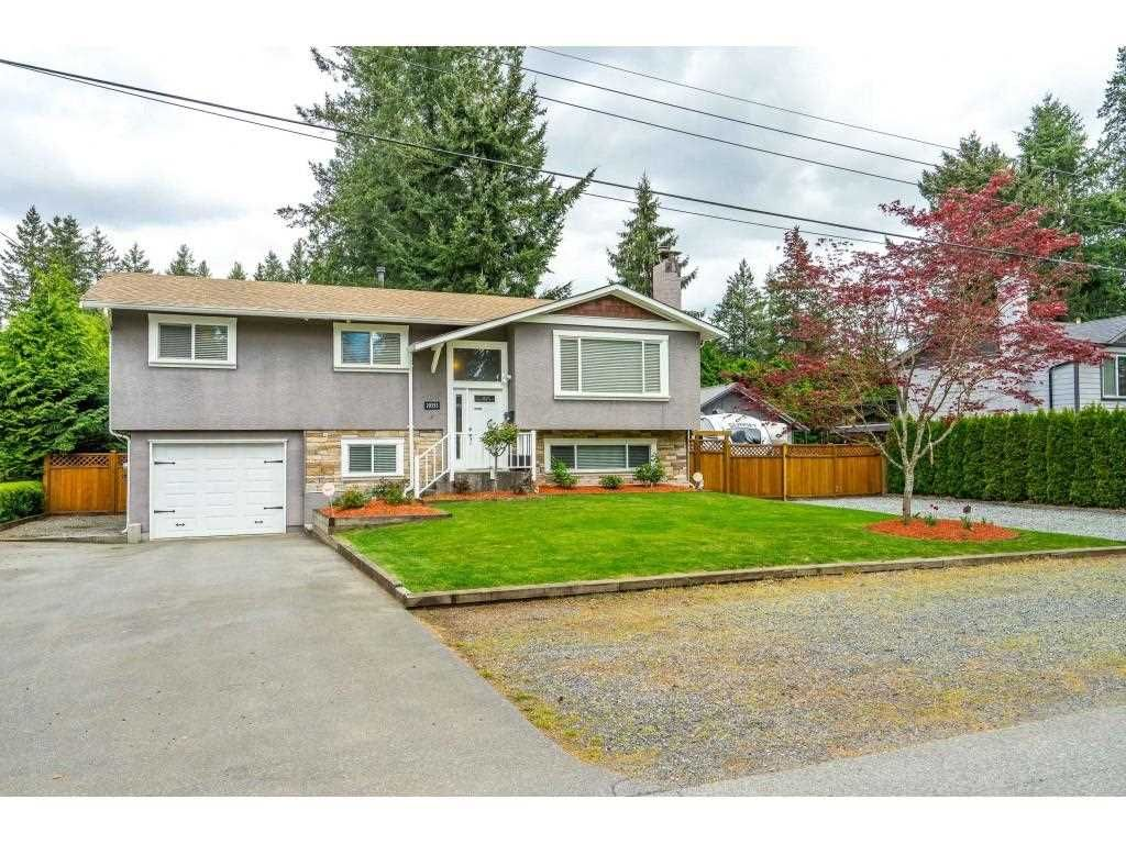 Main Photo: 20353 40A Avenue in Langley: Brookswood Langley House for sale : MLS®# R2573093