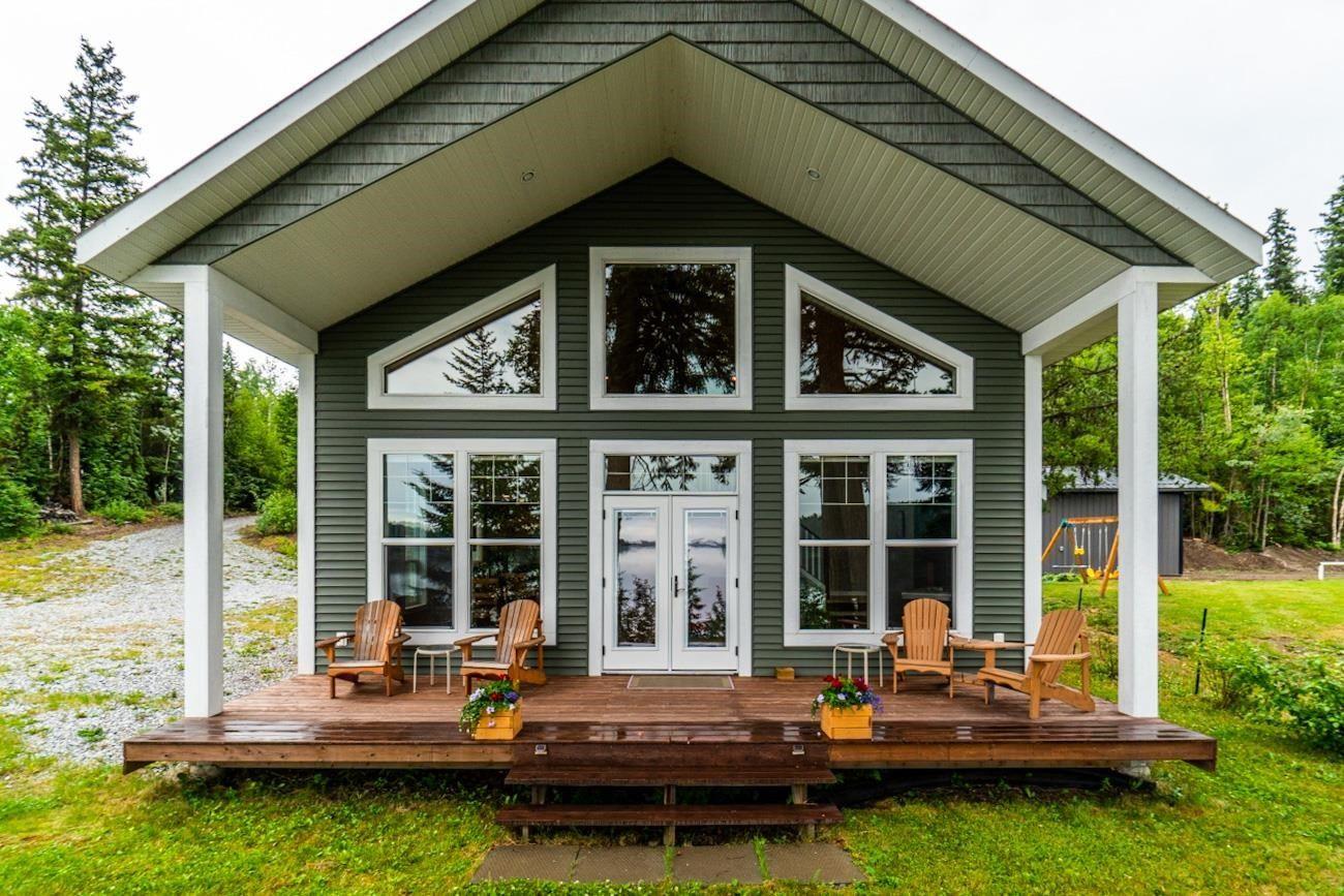 Main Photo: 45580 LLOYD Drive: Cluculz Lake House for sale (PG Rural West (Zone 77))  : MLS®# R2602738