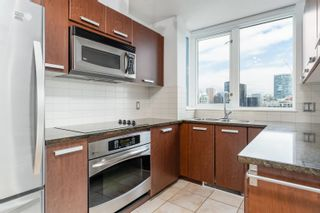 """Photo 7: 2404 1155 SEYMOUR Street in Vancouver: Downtown VW Condo for sale in """"BRAVA TOWERS"""" (Vancouver West)  : MLS®# R2618901"""