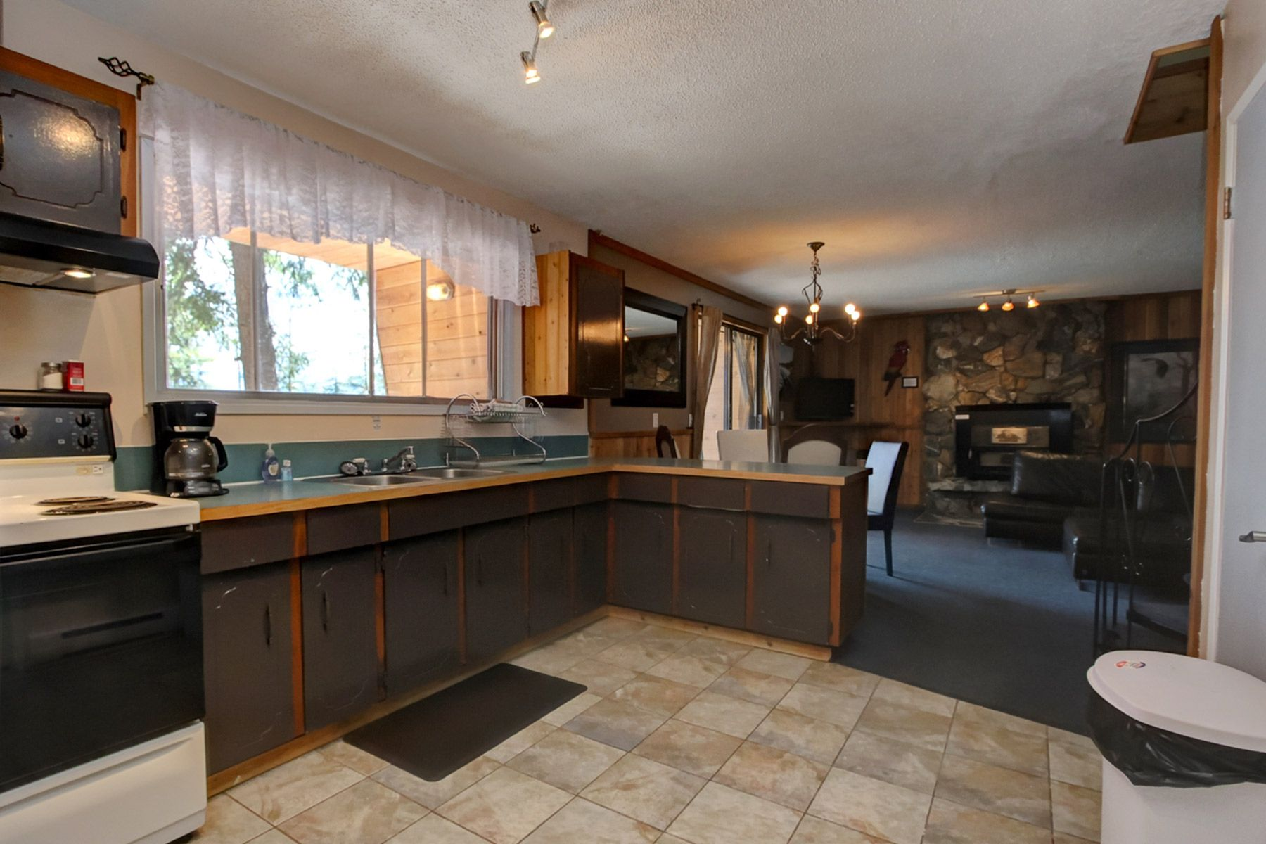 Photo 19: Photos: 5131 Squilax Anglemont Road in Celista: House for sale : MLS®# 10205519