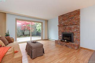Photo 4: 710 Greenlea Dr in VICTORIA: SW Royal Oak House for sale (Saanich West)  : MLS®# 772675