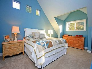 """Photo 11: 1128 TALL TREE Lane in North Vancouver: Canyon Heights NV House for sale in """"CANYON HEIGHTS"""" : MLS®# V1043343"""