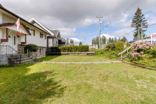 Photo 4: 810 SMITH Avenue in Coquitlam: Coquitlam West House for sale : MLS®# R2455711