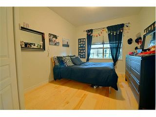 """Photo 12: 110 1465 PARKWAY Boulevard in Coquitlam: Westwood Plateau Townhouse for sale in """"SILVER OAK"""" : MLS®# V1092299"""