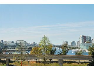 """Photo 2: 301 1088 QUEBEC Street in Vancouver: Mount Pleasant VE Condo for sale in """"VICEROY"""" (Vancouver East)  : MLS®# V974256"""