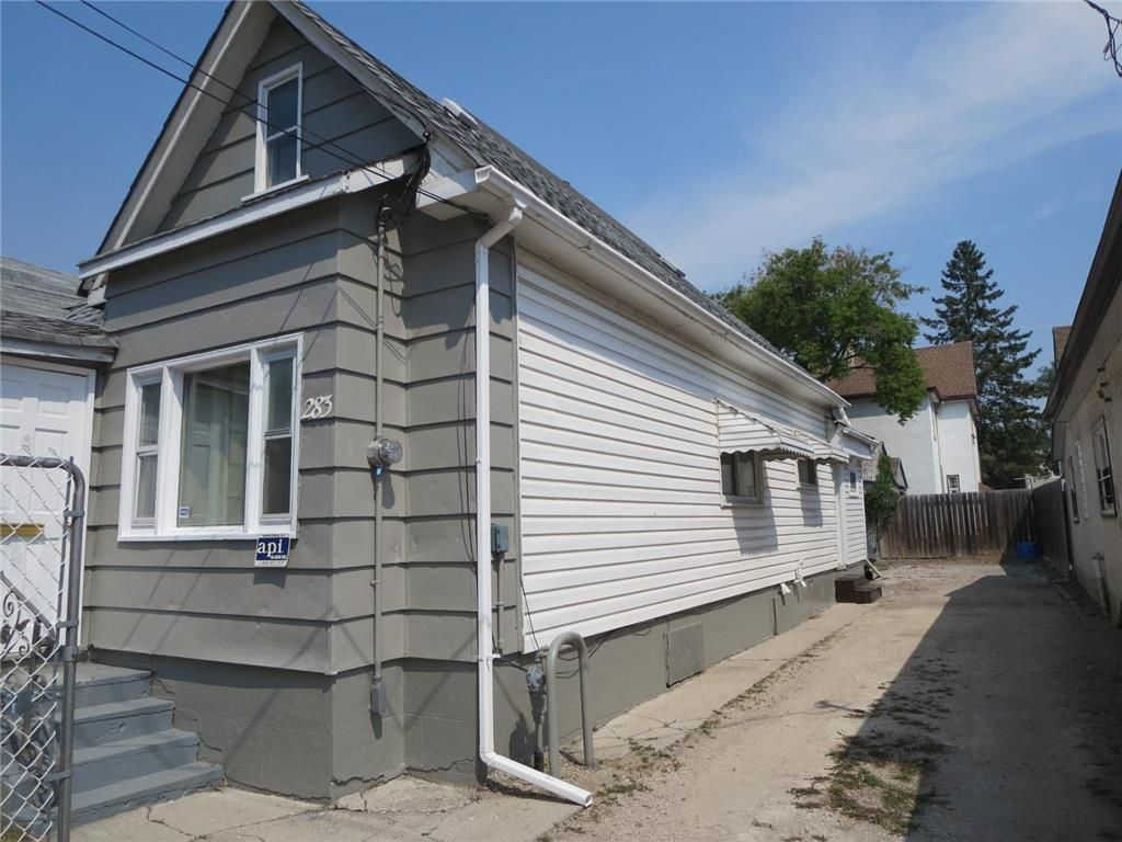 Main Photo: 283 Magnus Avenue in Winnipeg: North End Residential for sale (4A)  : MLS®# 202118581