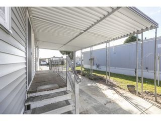 """Photo 18: 181 1840 160 Street in Surrey: King George Corridor Manufactured Home for sale in """"BREAKAWAY BAYS"""" (South Surrey White Rock)  : MLS®# R2585723"""