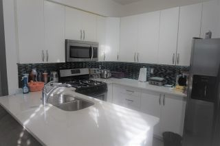 """Photo 7: 87 14468 73A Avenue in Surrey: East Newton Townhouse for sale in """"THE SUMMITT"""" : MLS®# R2536378"""