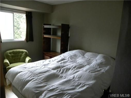 Photo 11: Photos: A 1504 Glentana Road in VICTORIA: VR Glentana Residential for sale (View Royal)  : MLS®# 336690