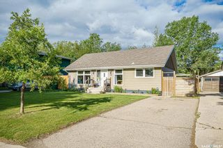 Photo 2: 78 Spinks Drive in Saskatoon: West College Park Residential for sale : MLS®# SK861049