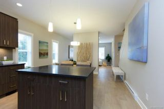 Photo 10: 1206 McLeod Pl in Langford: La Happy Valley House for sale : MLS®# 703306