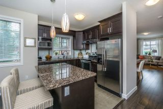 """Photo 11: 17 7121 192 Street in Surrey: Clayton Townhouse for sale in """"ALLEGRO"""" (Cloverdale)  : MLS®# R2173537"""