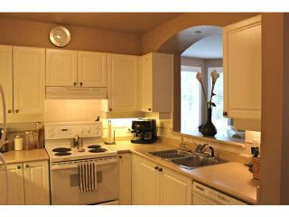 """Photo 4: 320 3600 WINDCREST Drive in North Vancouver: Roche Point Condo for sale in """"WINDSONG"""" : MLS®# V1000502"""
