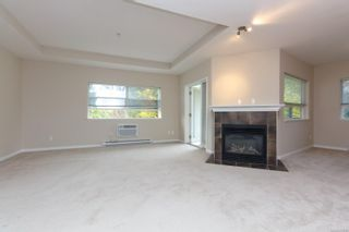 Photo 4: 310 1633 Dufferin Cres in : Na Central Nanaimo Condo for sale (Nanaimo)  : MLS®# 863912