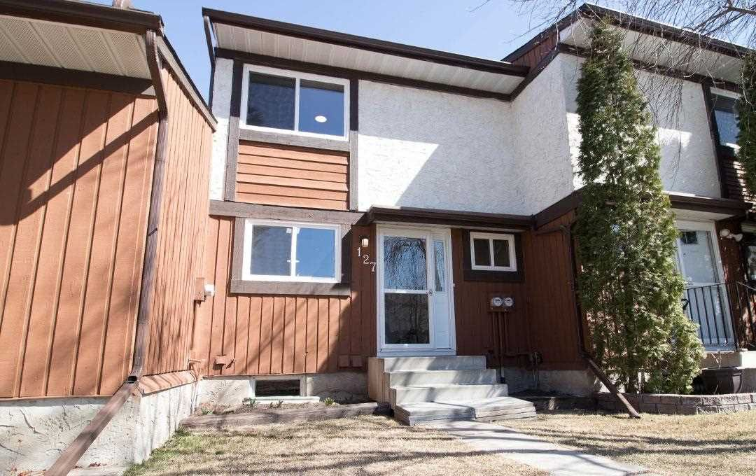 Main Photo: 127 16725 106 Street NW in Edmonton: Zone 27 Townhouse for sale : MLS®# E4244784