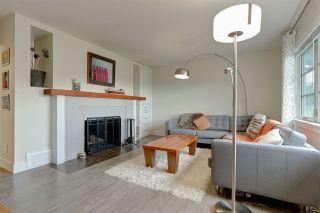 "Photo 2: 3921 NAPIER Street in Burnaby: Willingdon Heights House for sale in ""WILLINGDON HEIGHTS"" (Burnaby North)  : MLS®# R2116054"