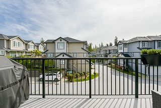 """Photo 14: 34 20831 70 Avenue in Langley: Willoughby Heights Townhouse for sale in """"Radius"""" : MLS®# R2164306"""