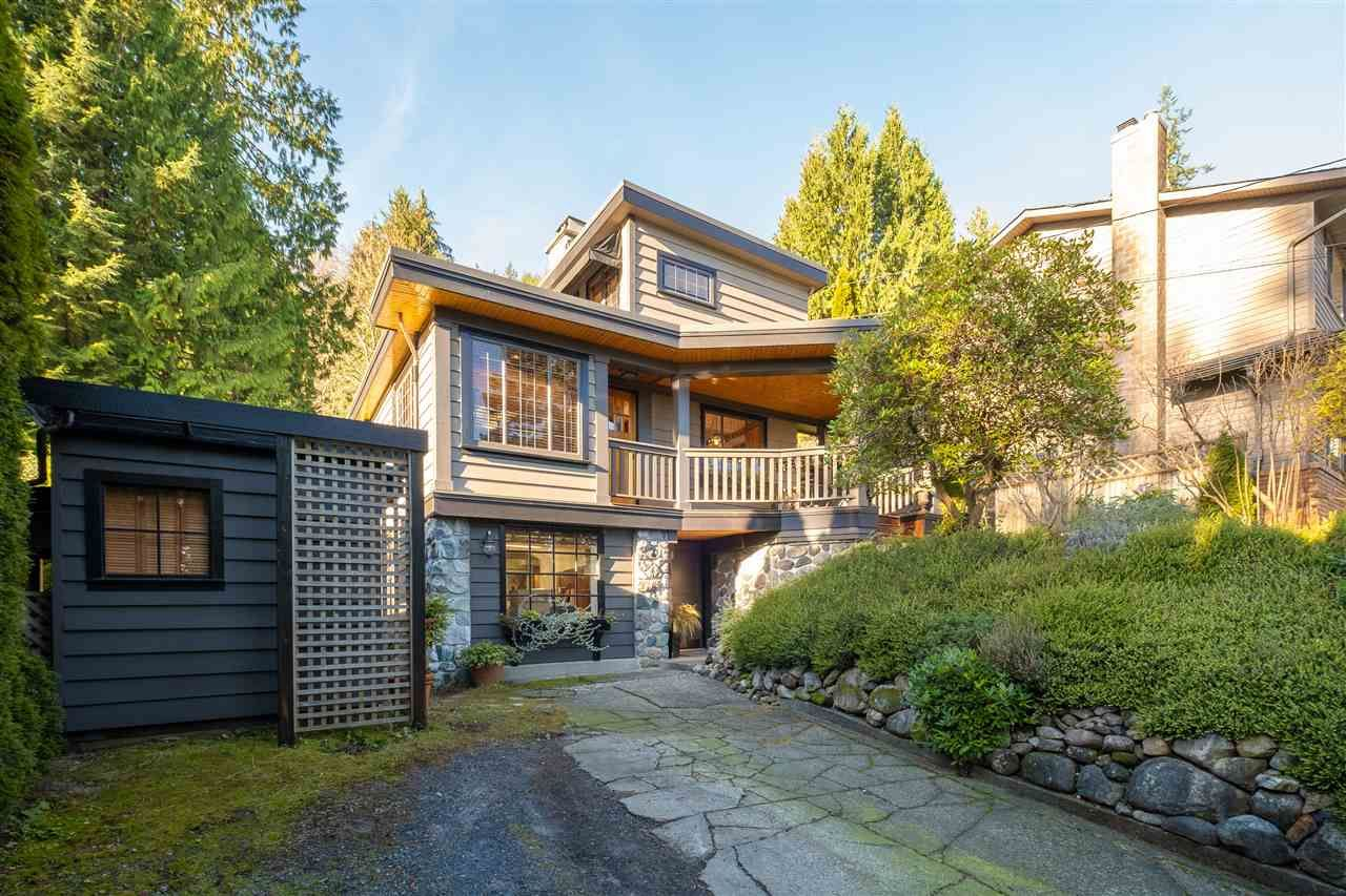 Main Photo: 4427 MOUNTAIN Highway in North Vancouver: Lynn Valley House for sale : MLS®# R2560512