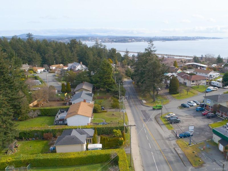 FEATURED LISTING: 380 Lagoon Rd Colwood