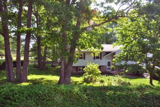 Photo 2: 1734 Douglas Street in Kingston: 404-Kings County Residential for sale (Annapolis Valley)  : MLS®# 202114439