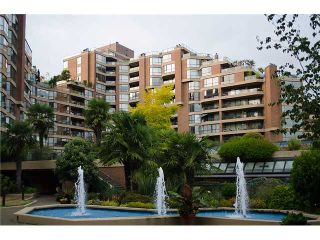 """Photo 1: 202 1490 PENNYFARTHING Drive in Vancouver: False Creek Condo for sale in """"HARBOUR COVE"""" (Vancouver West)  : MLS®# V977927"""
