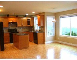 Photo 2: 3012 MAPLEWOOD Court in Coquitlam: Westwood Plateau House for sale : MLS®# V614129