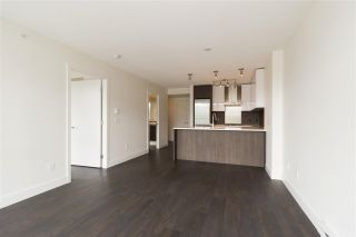 "Photo 8: 1101 3007 GLEN Drive in Coquitlam: North Coquitlam Condo for sale in ""Evergreen by Bosa"" : MLS®# R2276119"