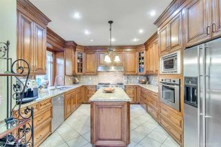 """Photo 15: 3689 LYNNDALE Crescent in Burnaby: Government Road House for sale in """"Government Road Area"""" (Burnaby North)  : MLS®# R2315113"""