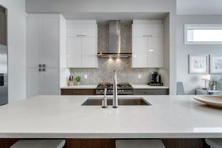 Photo 13: 2401 22 Avenue SW in Calgary: Richmond Semi Detached for sale : MLS®# A1064286