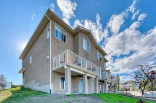 Photo 2: 105 Royal Crest View NW in Calgary: Royal Oak Residential for sale : MLS®# A1060372