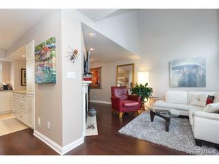 Photo 3: 8 356 Simcoe St in VICTORIA: Vi James Bay Row/Townhouse for sale (Victoria)  : MLS®# 753286