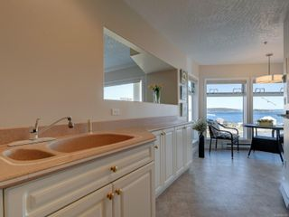 Photo 10: 402 2550 Bevan Ave in : Si Sidney South-East Condo for sale (Sidney)  : MLS®# 860006