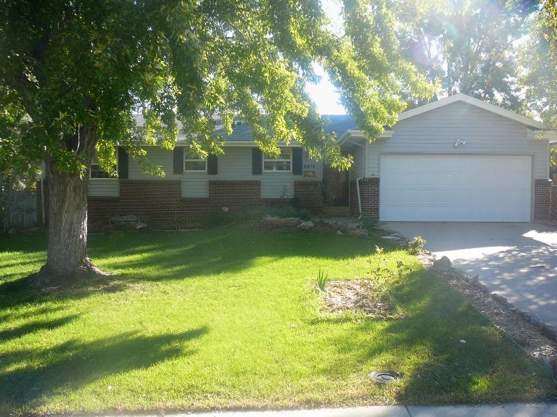 Main Photo: 8878 E Easter Ave in Centennial: Walnut Hills House for sale (South Sub East)  : MLS®# 577850
