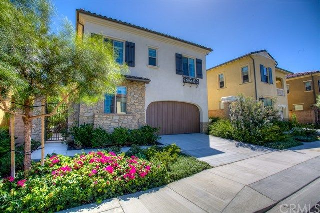 Welcome home to 28181 Via Del Mar.